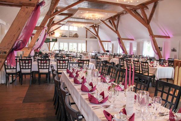 Hochzeitslocation Sauerland Schmallenberg Heumes Scheune