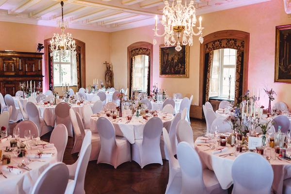 Hochzeitslocation SUndern Sauerland Schloss Melschede